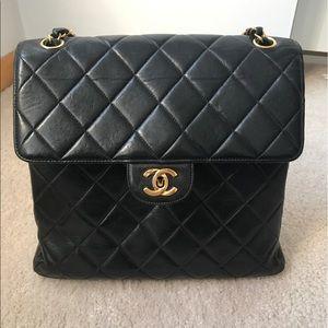 Vintage Chanel black lambskin flap chain bag