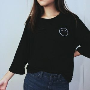 Tops - Minimalist Black Cropped Sleeve T-shirt