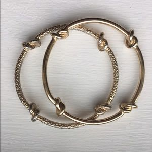 Jewelry - Gold Knotted Bangles