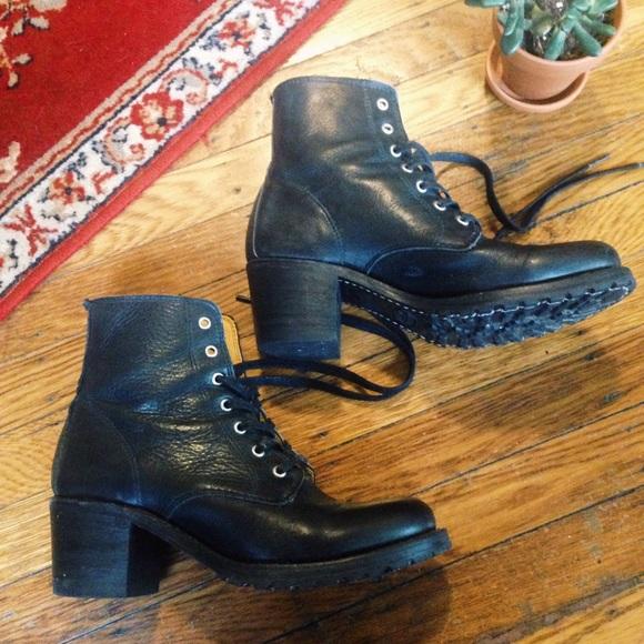 a8ca4f978c54 Frye Shoes - Frye Sabrina 6G Lace Up Boots 8.5