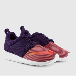 Nike Shoes - Nike Women's Roshe purple sneakers