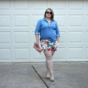Pants - ✨SUMMER SALE✨ Plus Size Floral Shorts