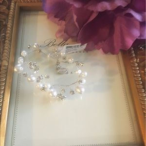Jewelry - Crystal & pearls bridal bracelet