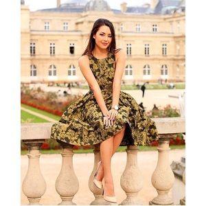 Chicwish Dresses & Skirts - Beautiful Midi Sleeveless Dress