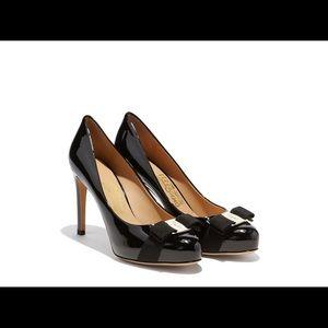 Salvatore Ferragamo Shoes - Salvatore Ferragamo Vara Pumps