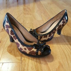 Nurture by Lamaze Shoes - Gorgeous Nurture Giraffe Print Heels