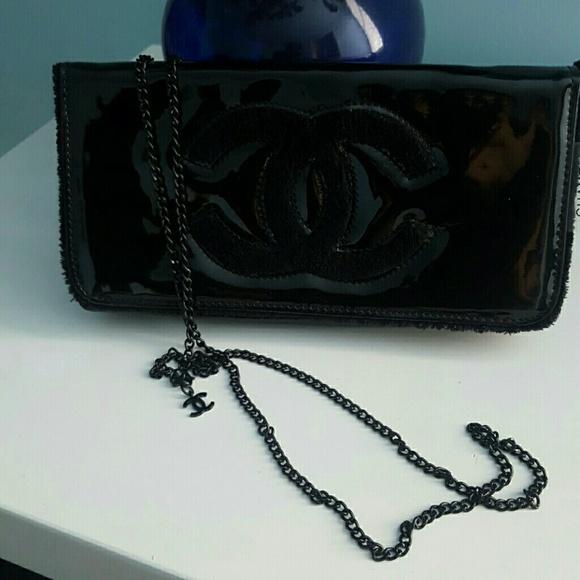03e6d54aceeb12 CHANEL Bags   Authentic Vip Gift Makeup Bag   Poshmark
