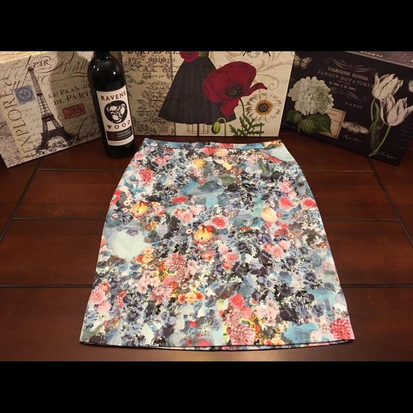 53 h m dresses skirts h m floral chatelaine