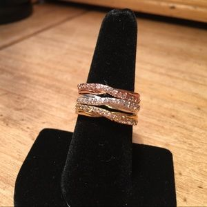 Tri-color set of stacking rings