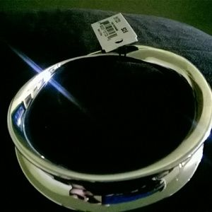 Cookie Lee Jewelry - Silver bangle