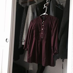 Banana Republic Burgundy Top