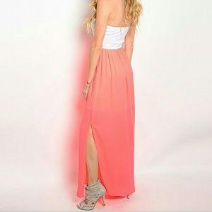 Dresses & Skirts - ▪️maxi dress with side slit▪️
