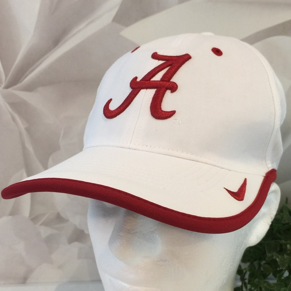 8a80f27d09 Nike DriFit University of Alabama White Maroon Hat