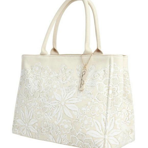 Oscar de la Renta Handbags - Oscar de la Renta NM + Target Floral Canvas Tote