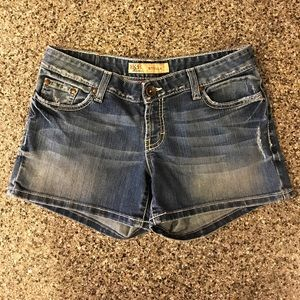 BK Pants - BKE Stella Denim Shorts. Size 29