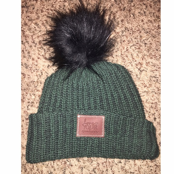 f85c86bcd17b1 Love Your Melon Pom Beanie