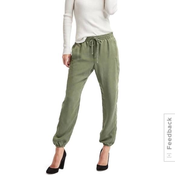 Model Gap Sweat Pants Logo Pants Gap Sweatpants Womens Gap Sweat Pants