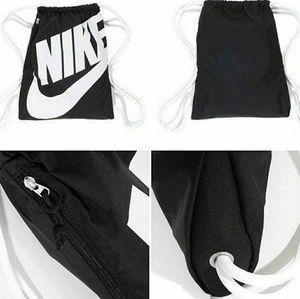 Nike Other - EUC {Nike} Heritage Gymsack