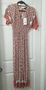 Price Drop! NWT Geometric Short Sleeve Maxi Dress