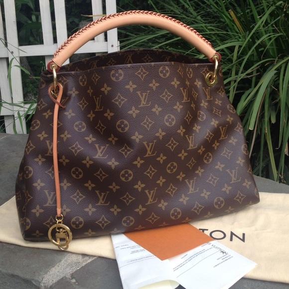 Louis Vuitton Handbags - LV Monogram Artsy MM  W REPAIR RECEIPT   DUST BAG 1fbd1b9f35473