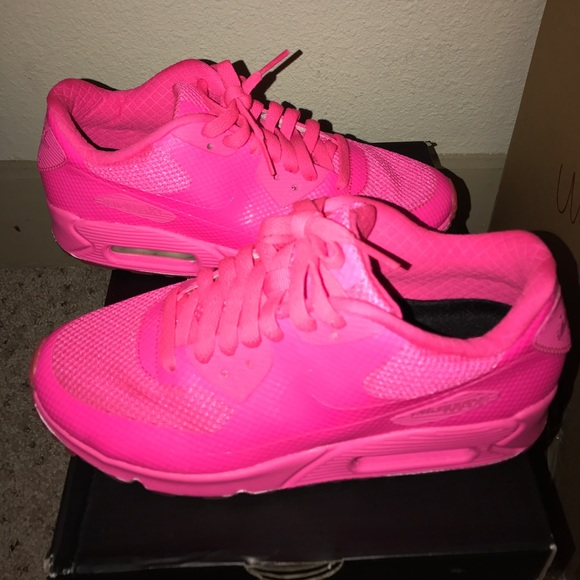 Nike Air Max 90 Hyper Pink Size 8