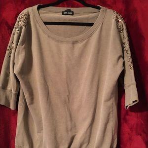 Tan sweatshirt with embellished sleeves