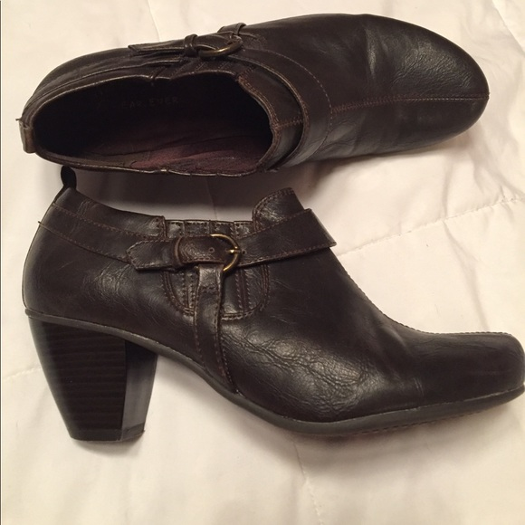 Wear. Ever. by Bear traps Shoes - Wear.Ever. Brown booties Size 8