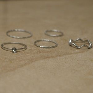 Jewelry - Back In! Set 5 Silver Knuckle Stacking Rings