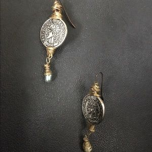Jewelry - 🎁Roman Coin and Pearl Earrings