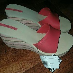 "Ipanema Shoes - NWT Ipanemas ""Salsa"" Wedges"