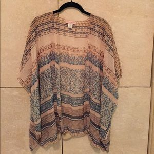 Band of Gypsies Tops - Cute Band of Gypsies kimono in size sm/med