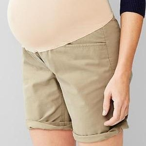 NWT Gap Maternity khaki roll up boyfriend shorts