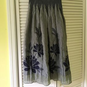 Lapis Dresses & Skirts - EUC 3 ways to wear skirt