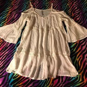Tops - 🌹Cold-shoulder gauze blouse 🇺🇸