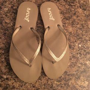 Reef Shoes - Reef Flip Flops - Size 8