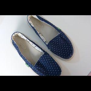 Sanuk Shoes - Sanuk Blue Polka Dot Shoes Size 5