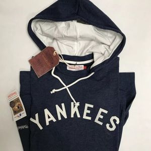 Mitchell & Ness Other - Mitchell & Ness NY Yankees Lightweight Hoodie