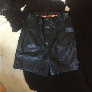 Numph Pants - Soft leather bag shorts