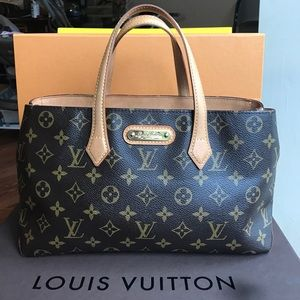 Louis Vuitton Handbags - 🔴💲LAST PRICE🔴Louis Vuitton Monogram Wilshire PM