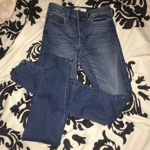 Abercrombie & Fitch Denim - Abercrombie High Waisted Jeans