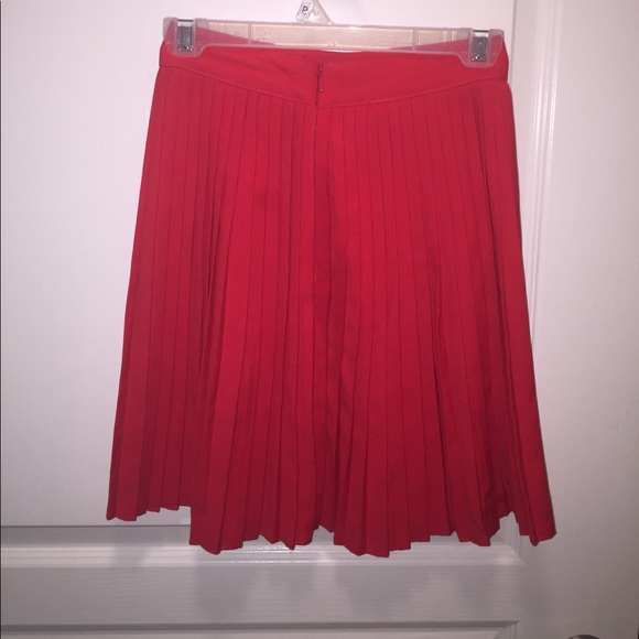 h m h m bright pleated skirt size 32 2 from danielle