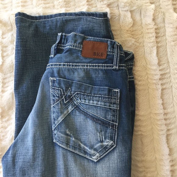 BKE Jeans - NWOT BKE💐Tyler Fit Distressed Jeans