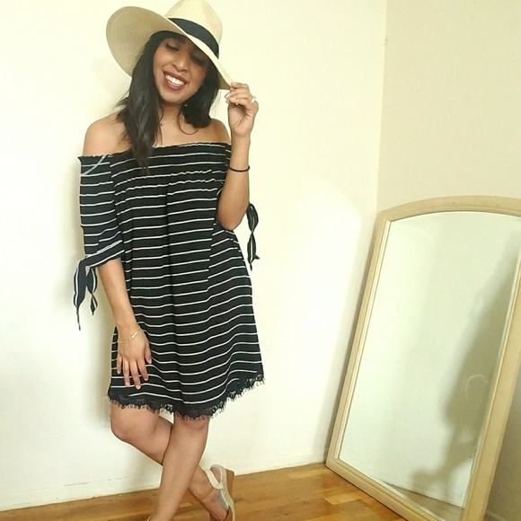 458f8360cd7f BLACK WHITE STRIPED OFF SHOULDER DRESS