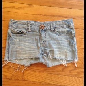 Aeropostale Light Denim Jean Cutoff Shorts 3/4