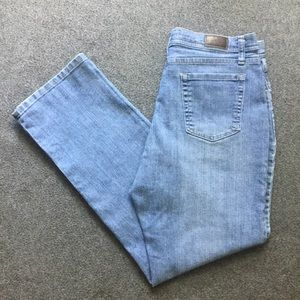 ❤Lee Classic Fit Womens Straight Jeans Size 12 EUC
