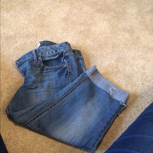 SO Pants - Jean Capris with distressed cuffs
