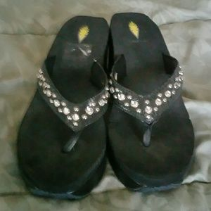 Volatile Shoes - Volatile Wedge Sandals, Size 10
