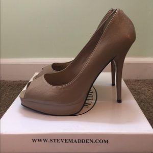 Steve Madden Shoes - Steve Madden heels 💥limited time sale💥