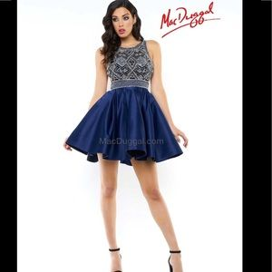 🆕 Mac Duggal navy beaded backless dress- rt $600