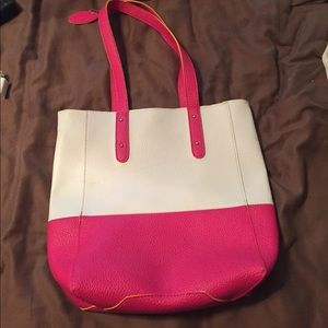 Free gift w/bundle hot pink faux leather bag